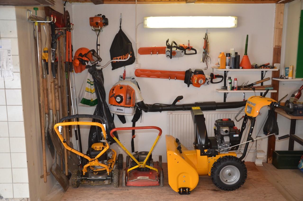 Inredning maskiner och verktyg : fröer,blommor,växter,sådd,gräsmatta,frö
